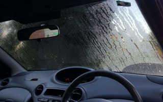 Почему потеют стекла в автомобиле — основные причины и что делать для устранения